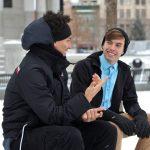 Belajar: contoh percakapan dalam bahasa inggris (dialog singkat) dan artinya untuk 2,3 atau 4 orang tentang perkenalan, libuarn, dll.