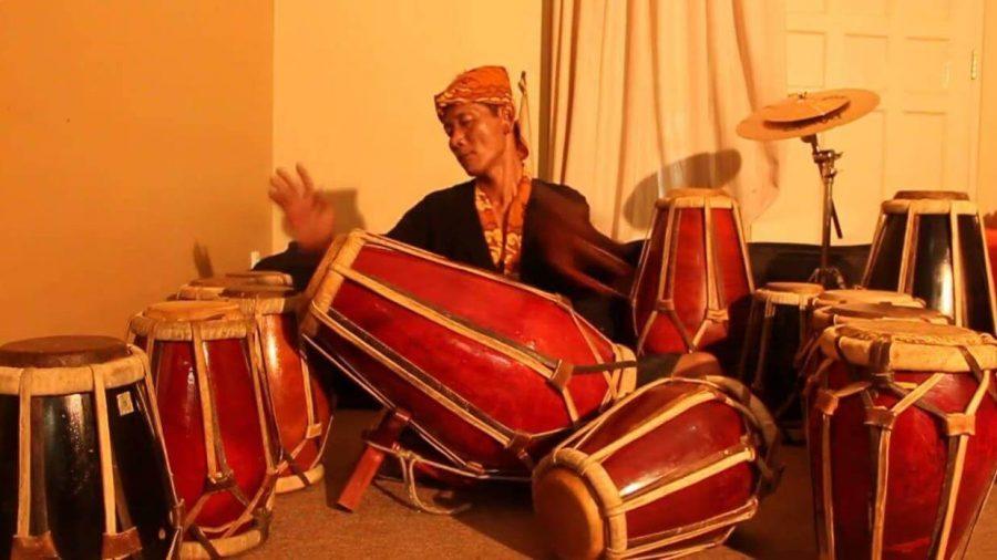 alat musik ritmis tradisional kendang jawa