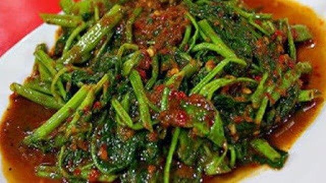 rujak kangkung - makanan khas jawa barat